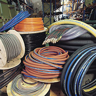 We supply hydraulic and industrial hoses in bulk